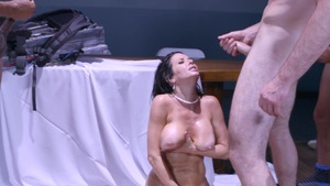 ZZ Series: Veronica Avluv in stockings squirting in HD