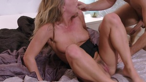 Brazzers Exxtra - Carter Cruise reverse cowgirl porn