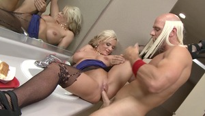 MILFs Like It Big - Cleanest handjob escorted by Kate Frost