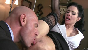 Big Tits at Work - Veronica Avluv is athletic driver