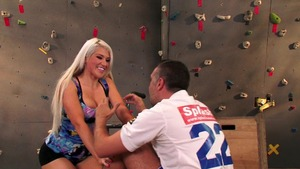 BabyGotBoobs: Nikki Phoenix as well as Keiran Lee in the gym