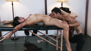 DirtyMasseur: Business woman Wrexxx Kidneys ass to mouth