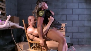 Big Tits in Uniform: Carmen Jay pussy eating
