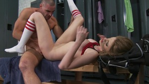 Big Tits in Sport - Muscled Faye Reagan face fucking
