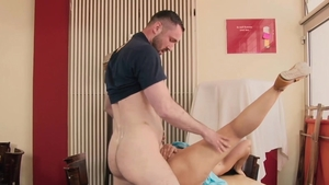 Hitzefrei.com: Bonny Devil getting smashed very nicely